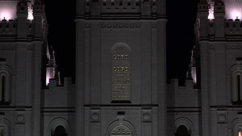 Night Salt Lake City Mormon Temple zoom out 4K Footage