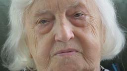 Old woman portrait Live Action