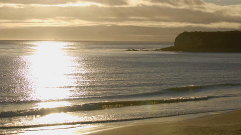 Zoom in time lapse of sun setting over the Pacific Ocean... Stock Video Footage