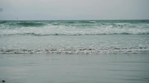 Sea waves and a storm Acción en vivo
