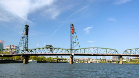 Hawthorne Bridge and Willamette River Footage