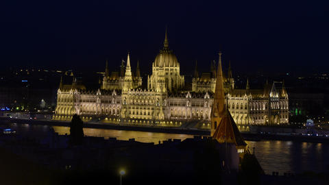 Night time lapse of the Parliament and cruises in the Danube Footage