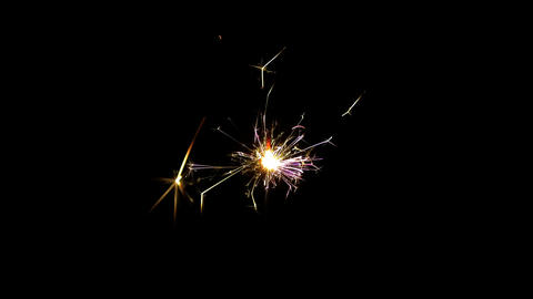 Sparkler burning from top to bottom on black background HD PNG 30FPS ビデオ