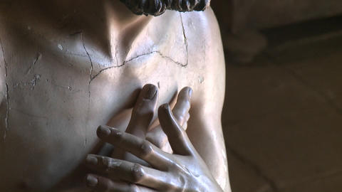 A vertical pan of a statue of Christ, located in... Stock Video Footage