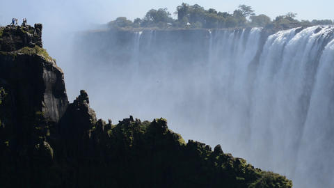 The Victoria Falls and Tourists ビデオ