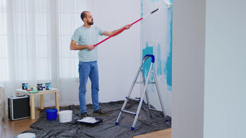Masaking blue paint Live Action