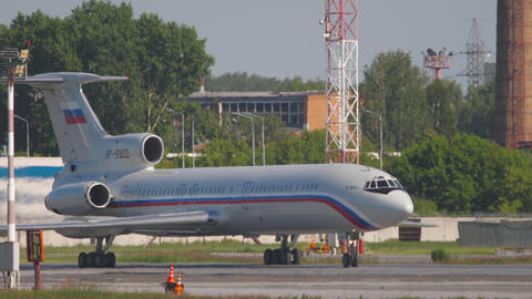 Tupolev Tu-154 taxiing before departure Live Action