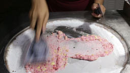 Fried Ice cream preparation 영상물