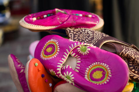 Moroccan handmade traditional shoes フォト