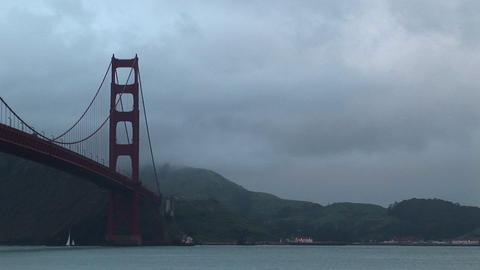 The stark, geometric shapes of the Golden Gate Bridge... Stock Video Footage
