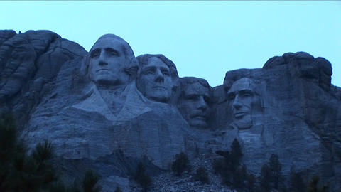Mt. Rushmore looks blue in this low light footage Stock Video Footage