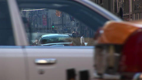 Footage captures the hustle and bustle of downtown Manhattan Footage