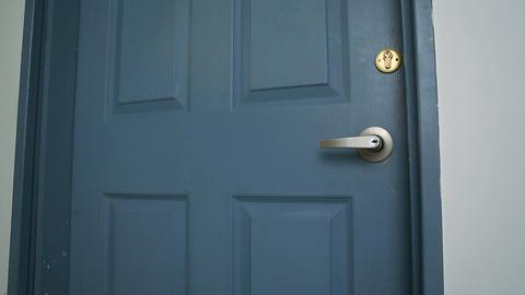 door open 02 Stock Video Footage