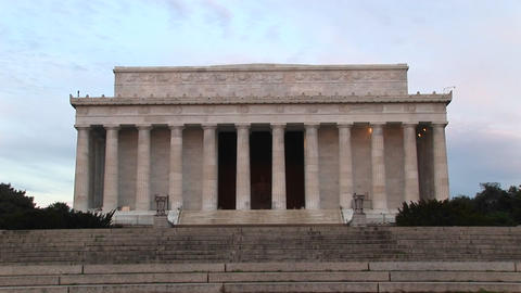 A medium shot of Lincoln Monument in Washington, DC Stock Video Footage