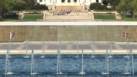 The camera pans from the fountains up to the Lincoln... Stock Video Footage