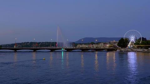 Panoramic view over Lake Geneva in the evening - GENEVA, SWITZERLAND - JULY 8 Acción en vivo