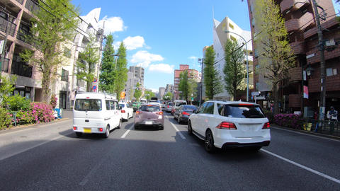A pov timelapse of driving cityscape at Oume avenue in Tokyo Acción en vivo