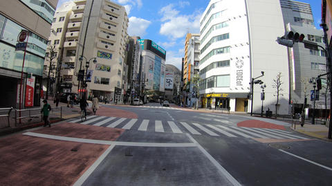 A pov timelapse of driving downtown at Shibuya in Tokyo Acción en vivo