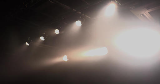 小劇場の照明01 ライブ動画