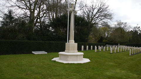 Cross At The Commonwealth War Graves At The Nieuwe Ooster Graveyard At Amsterdam The Netherlands Acción en vivo