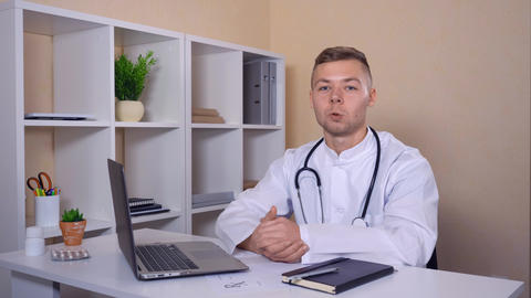 physician use voip for remote meeting ライブ動画