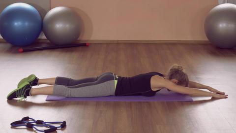 girl doing physical exercises strong rear ライブ動画