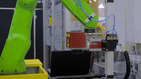 FANUC collaborative robot moves and demonstrates working process Live Action