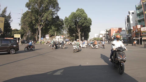 A slowmotion of traffic jam at the downtown in Ho Chi Minh ライブ動画