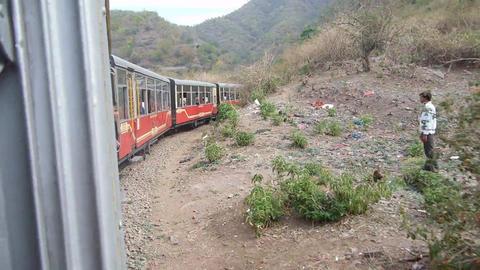 Train Traveling Along The Mountains ライブ動画