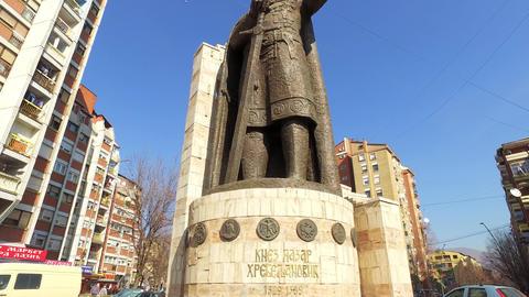 Kosovo, Mitrovica, Statue of Last Serbian Tzar Lazar Before Ottoman Empire ライブ動画