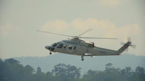 Thai military helicopter ライブ動画