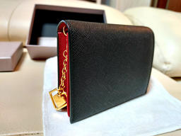 Black leather wallet on display Photo