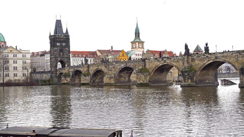 Prague Charles bridge with water wide with boat ライブ動画