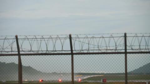 AirAsia Airbus 320 taking off ライブ動画
