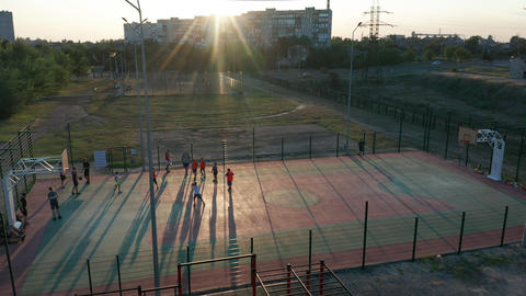 Aerial view. Park with a basketball field and a training platform. Sports area Acción en vivo