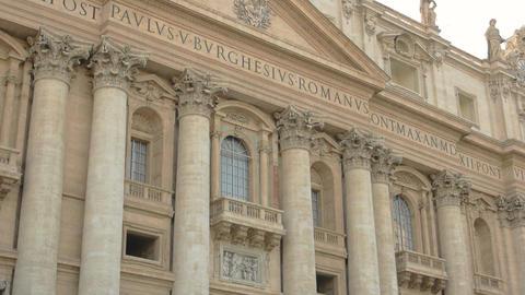 Saint peter basilica facade statues renaissance architecture Live Action