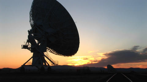Medium-shot of the satellite dish at the National Radio Astronomy Observatory in New Mexico Footage