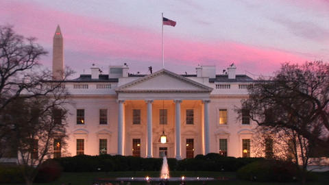 Zoom-in of the White House at golden-hour Stock Video Footage