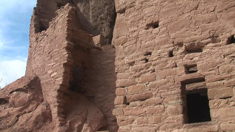 Medium shot of ruins of Native American cliff dwellings... Stock Video Footage
