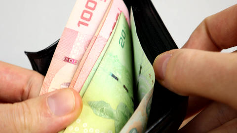 Counting How Much Thai Baht Is In A Wallet Live Action