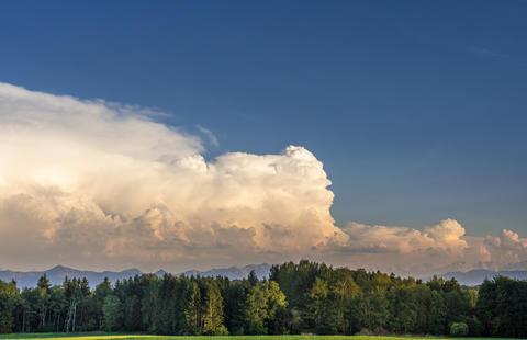 Cumulonimbus clouds in Bavaria, Germany Fotografía