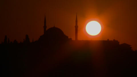 Beautiful sunset behind a mosque in Istanbul, Turk Stock Video Footage