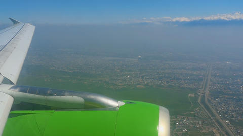 Aerial view from descending airplane ビデオ