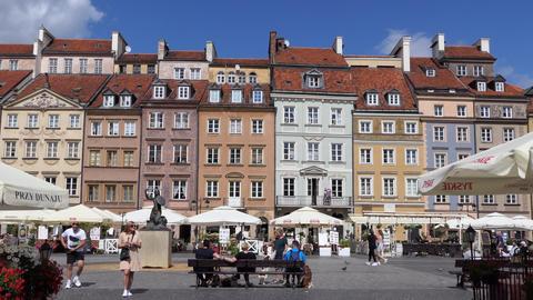 2 Rynek Starego Miasta Old Square In Warsaw Poland Europe Live Action