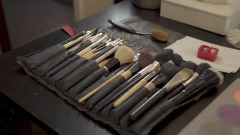 cosmetic set of profesional brushes for makeup closeup ライブ動画