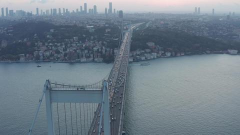 Big Bridge leading into the City Skyline, Car traffic at Sunset in Istanbul ライブ動画