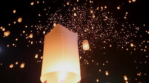 Sky lantern festival(yee peng lanna)in Chaing Mai, Thailand 影片素材