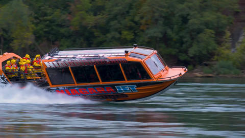 Niagara falls tour boat excursion speeding adventure waterfall waters tourism Live Action