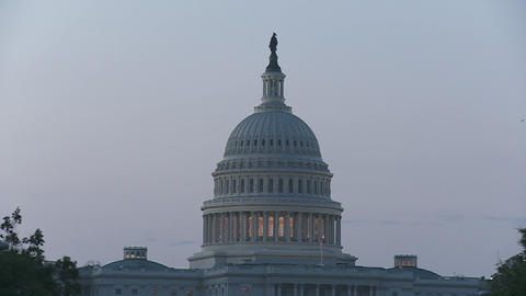 A slow zoom into the Capitol Building in Washington DC Stock Video Footage