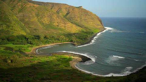 A beautiful shoreline of Hawaii Stock Video Footage